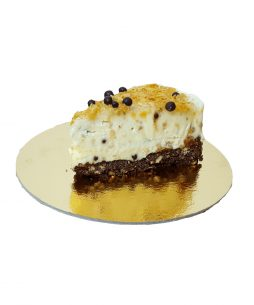 felie de tort cheesecake Oreo